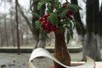 Зацвіла в долині..дерево, папір, бісер та намисто, пір'я. Миценко Вікторія.Канівський гуманітарний інститут УДПУ імені Павла Тичини,